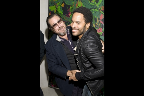 Julian Schnabel & Lenny Kravitz clown around in front of Feroz at the Flavor Paper Flavorismo party