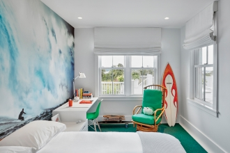 In one of her recent residential projects, Flavor Paper friend and collaborator, Ghislaine Viñas, designed the interior of a beautiful house in Montauk.  Several of the rooms are lined with our papers and they couldn't look better.  This beach side bedroom is the perfect place for our Todos Santos design.                                                         Photo Credit: Garrett Rowland